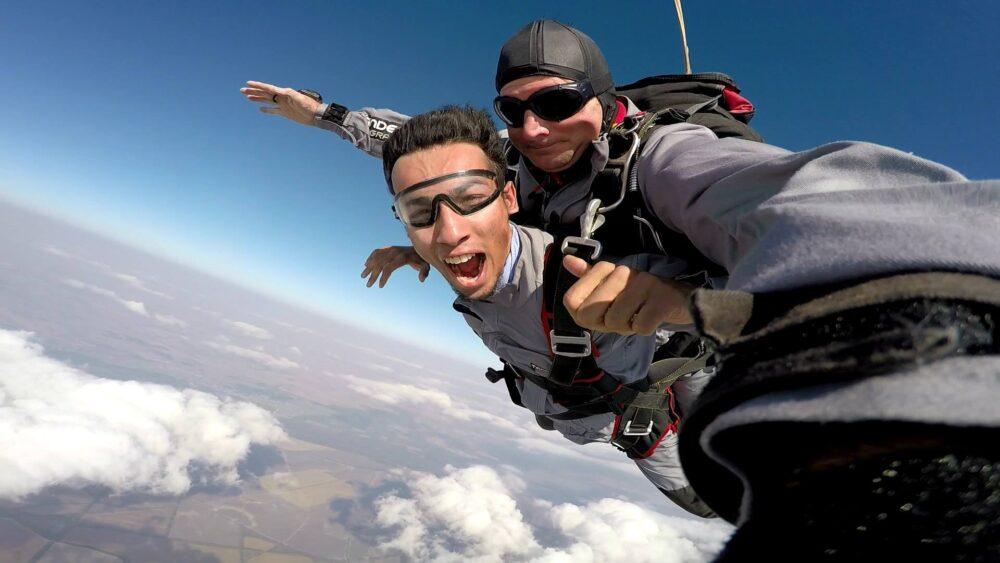 skydiving party in belgrade