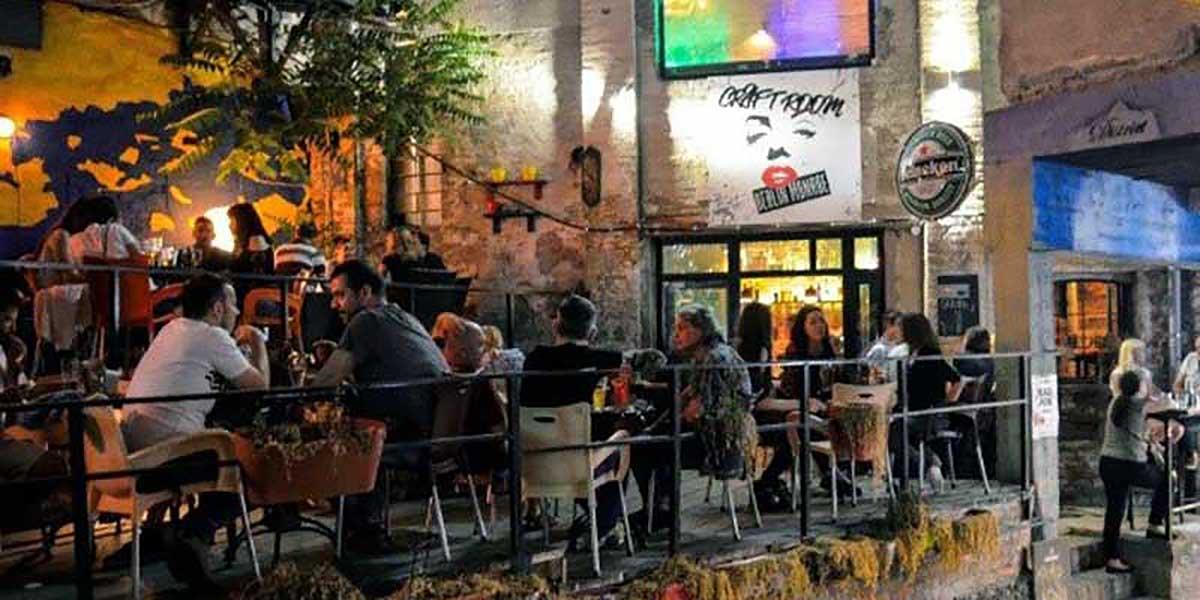 Party In Belgrade - Adventure - Pub in downtown