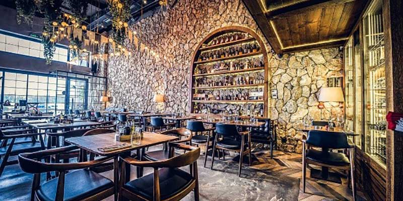 Party In Belgrade - Bachelor - Food and drinks are included in the restaurant offer