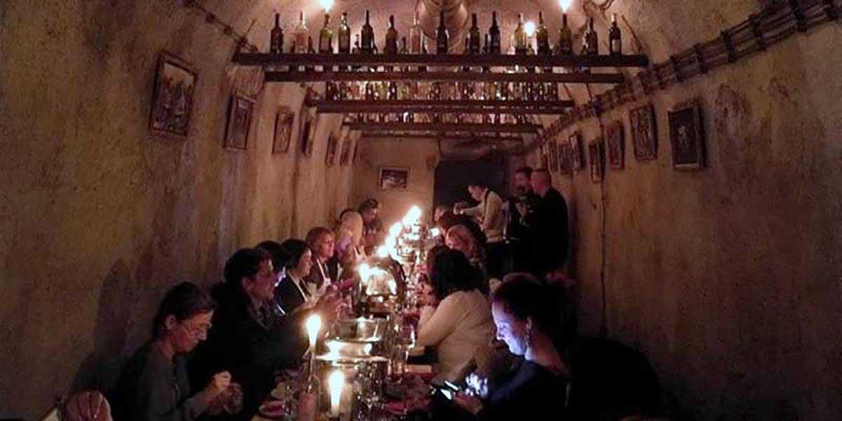 Party In Belgrade - Bachelorette - Dinner at restaurant